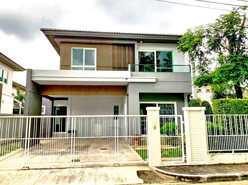 House for rent in Serene Lake (Land & House)