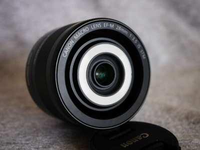 Canon Macro Lens EF-M 28mm f3.5 IS STM Lens in Box