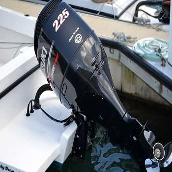 USED Suzuki 225HP Four Stroke outboard Motor Engine ( ฿79,959)