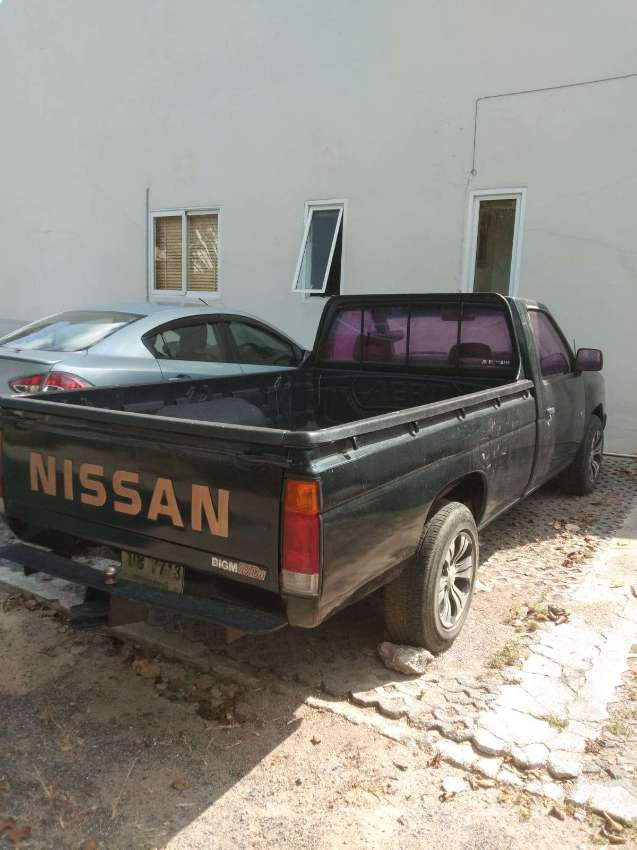 NISSAN Pickup, working condition, manual gear.