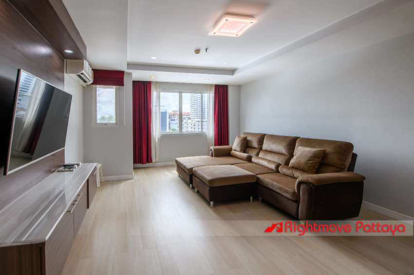 XL 1 Bed 2 Bath, City Center in FOREIGN name