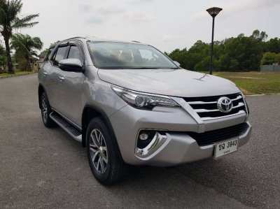 Toyota Fortuner 2.4G 2019, 7-Seat