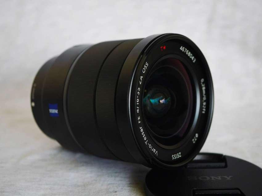 Sony Carl Zeiss Vario-Tessar T* FE 16-35mm f/4 ZA OSS Full Frame Black