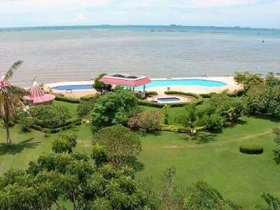 180m2, 2 bed, sea view condo for sale in Pattaya.