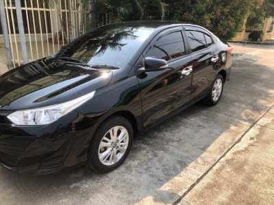 Rent Toyota Yaris Ativ