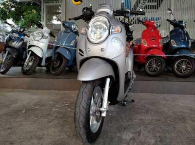 Honda Scoopy110i Club12