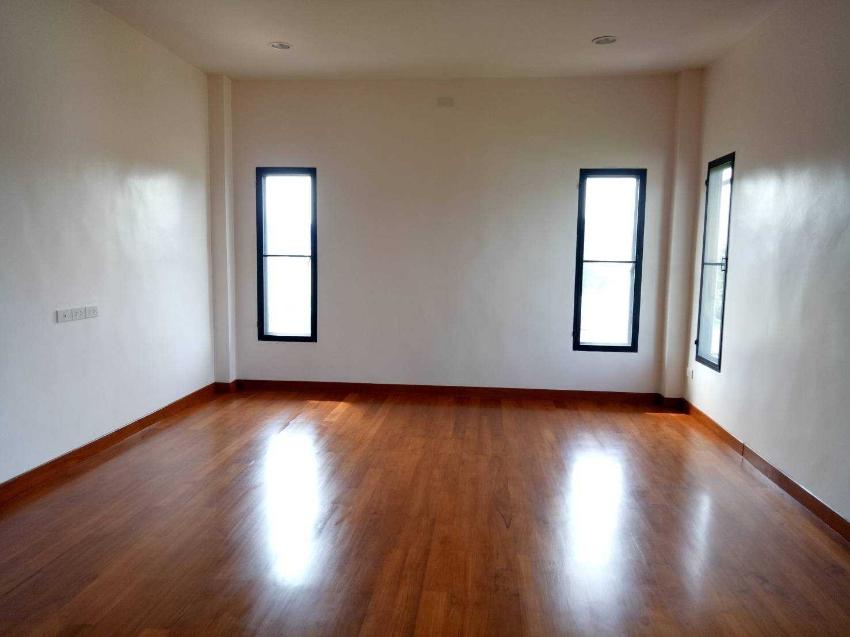 ขายบ้าน พร้อมที่ดิน 173 ตารางวา บางกรวย