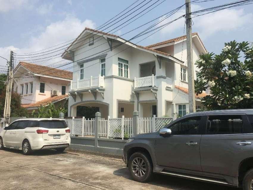 2 Story Villa in Baan Fah Rim Haad Jomtien Beach