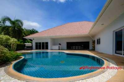 Ultra Modern Pool Villa - Must be SEEN