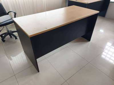 Sale for wooden desk size 150 x 70 cm