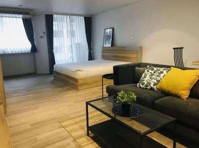 9014 Rent Supalai Place Sukhumvit 39, 1 Bed loor 7 50 Sqm., Condo nea
