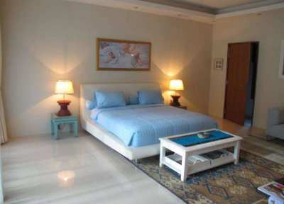 Great luxury villa nearby Mission Hill golf course