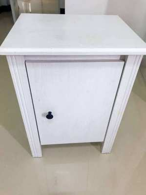 2 Ikea bedside tables (Hemnes range)