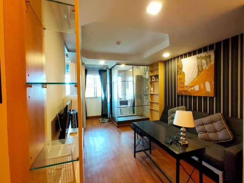 Tree Boutique condominium for sale, 500 meter from Nimman Heamin area.