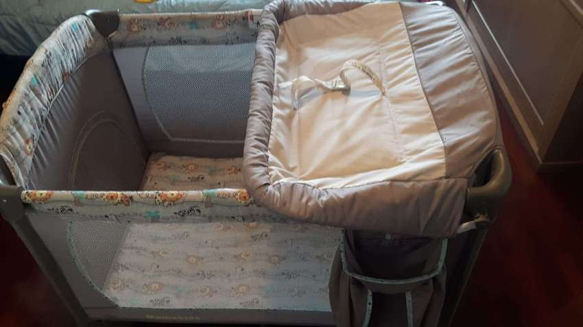 Baby Crib for Infants and Toddlers