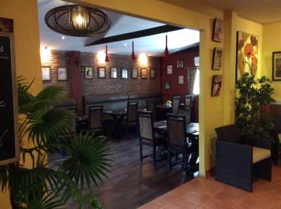 Restaurant French/Italian and house for sale