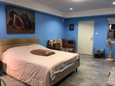 ★ CHEAP Studio for Sale | Thepprasit road | Foreigner name