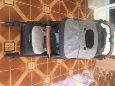 Baby Pram Carrera brand. Excellent condition.