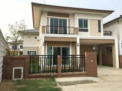 House for rent 500 meter from Jaroen Jaroen market, San Kam Phaeng new