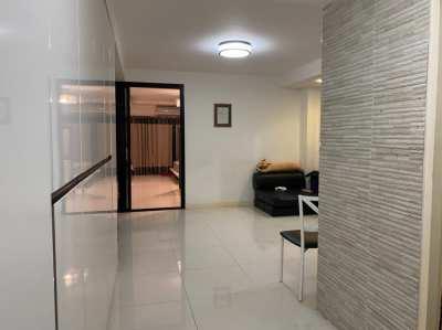 ขายคอนโด Centurion Park ซอยอารีย์ 5 ห้องคู่ (Doubleroom)  พื้นที่กว้าง