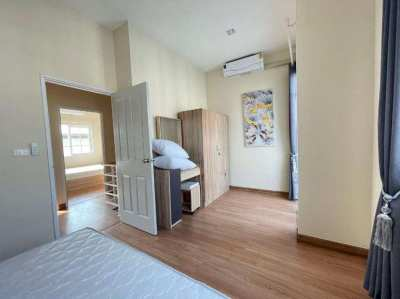 Golden Town House 4BR 130 sqm in South Pattaya Sukhumvit for Rent