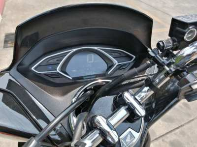 Honda PCX in as new condition will suit the most fastiduos buyer