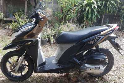 Honda click 125i 2012 with complete DLT transfer forms and samui plate