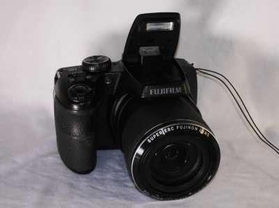 Fujifilm S9800 Camera