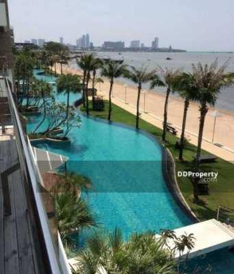 Beach front Ananya WongAmat Condominium for sale, North Pattaya.