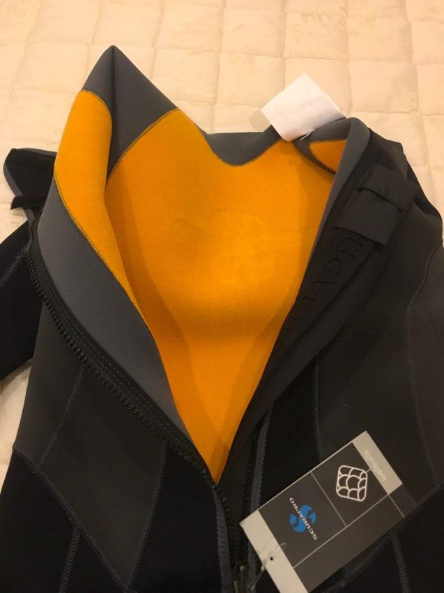 Brand new with labels  Scubapro Thermaltec 3mm XL wet suit