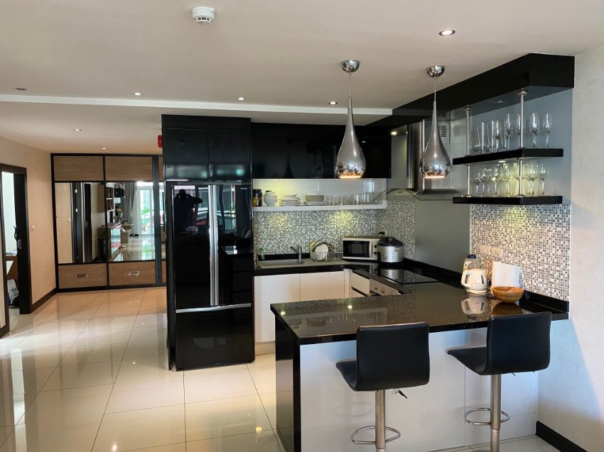 Condo in Siam Royal Ocean View for sale or possible swap with a house.