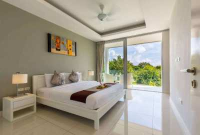 2 BEDROOM TOWNHOUSE IN FOREIGN FREEHOLD FOR SALE.