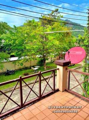 Kata Townhouse Urgent Sale! Close to the beach.
