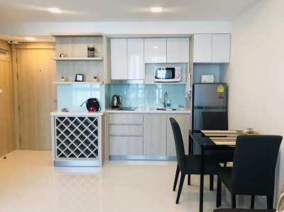 ☆ The Cloud, 1 Bed, Thai Company