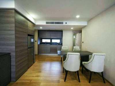 Rent 2 bedrooms  condo at Klass Langsuan condo  near BTS Chidlom