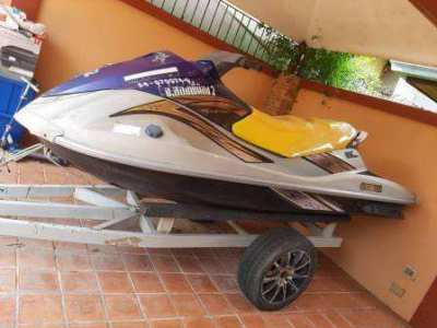 Yamaha Wave Runner VX Cruiser Year 2010 with Beach Trailer - Bargain !