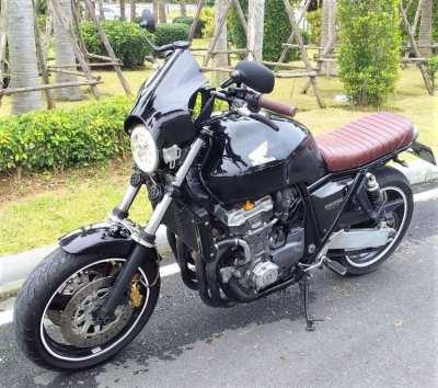 Custom Honda CB1000 Super Four