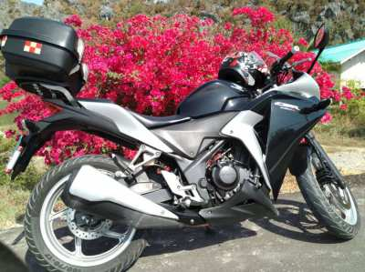 Honda CBR 250 R. 38,000 or nearest offer. Part exchange for a automat.