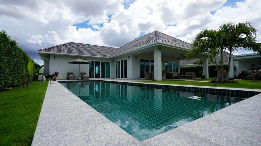 Luxury designer pool villa Hua hin for sale