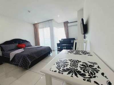 Studio Room condo for rent with free internet, 28 SqM.