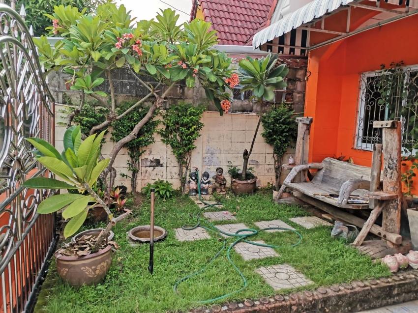 ขาย ทาวน์เฮ้าส์ 24 ตารางวา หมู่บ้านชินลาภ ซ.14 เมือง พิษณุโลก