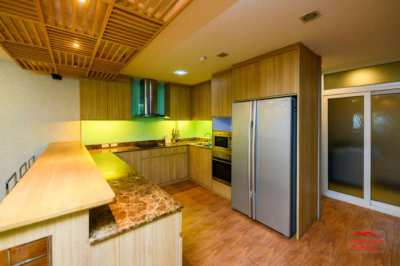 259 sqm 3 Bed Penthouse Now 9.99m THB (Foreign)