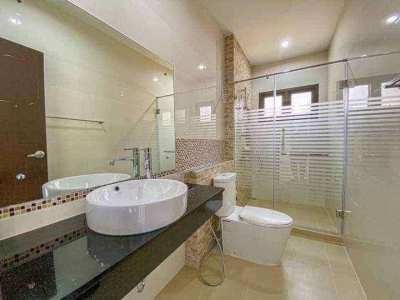★ Baan Dusit Pattaya 5 bedroom/3 bathroom house for sale