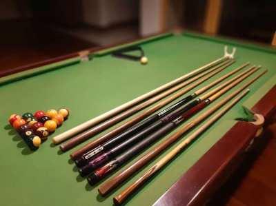 Pool table + accessories - balls, cues, etc