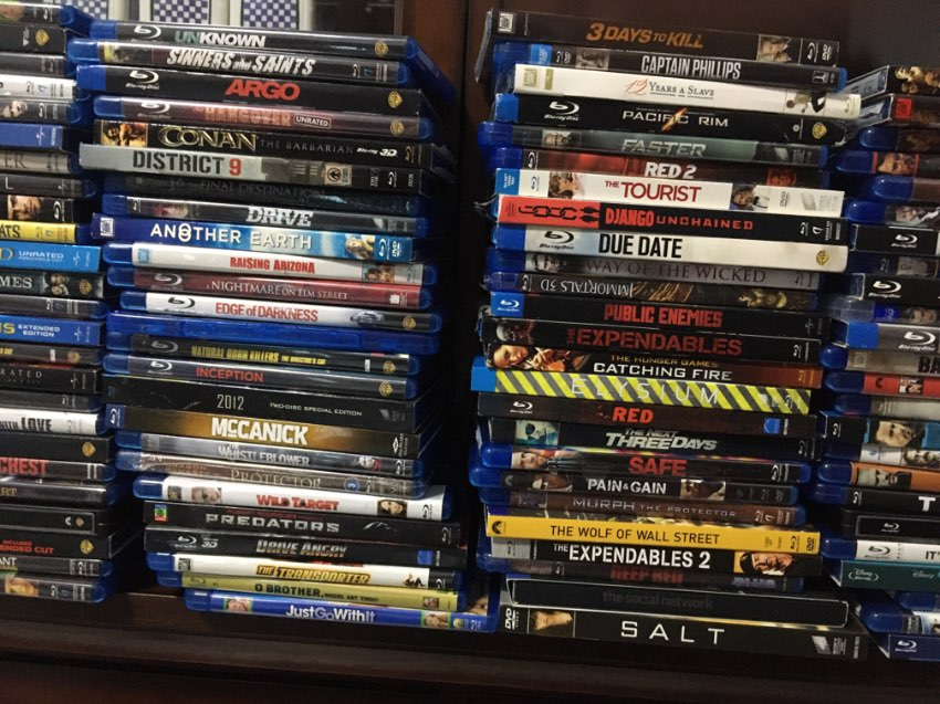 170+ Blu Ray movie disks