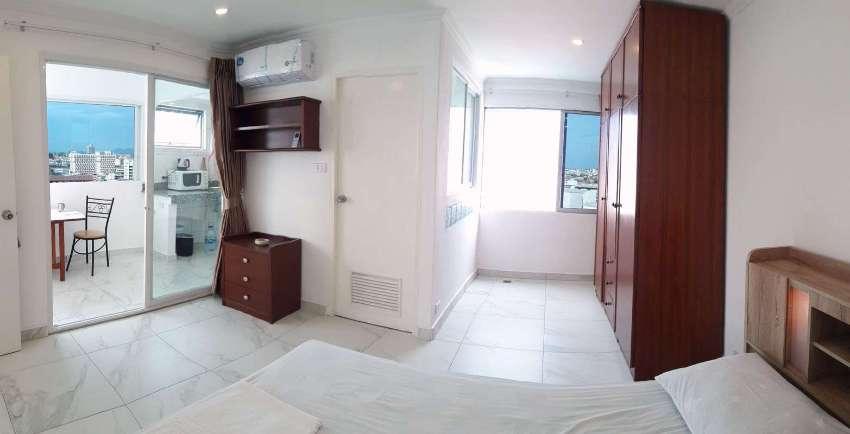 Pattaya Beach Rd, Top Floor Corner, 1BR, SeaViews