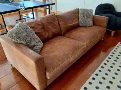 Leather couch - Comfortable, lovely