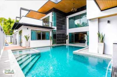 Beautiful brand new 2 storey pool villa with 151 TW land size