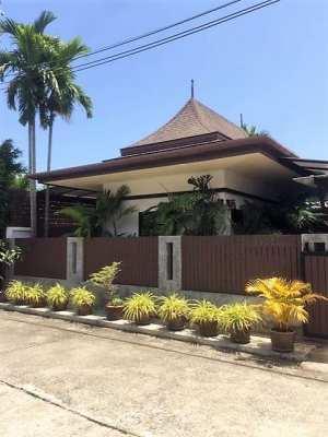 Balinese Style Pool Villa 4 Sale
