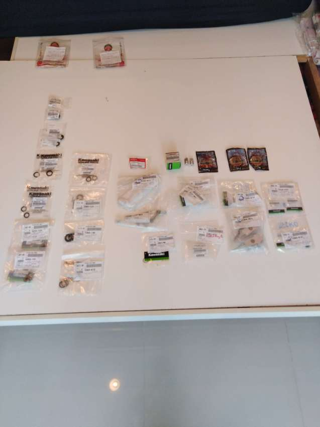 BF 150 seals and parts original packed (by part or package) + lot more